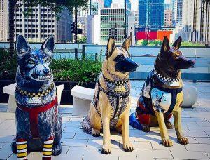 Скульптуры собак появились на улицах Чикаго